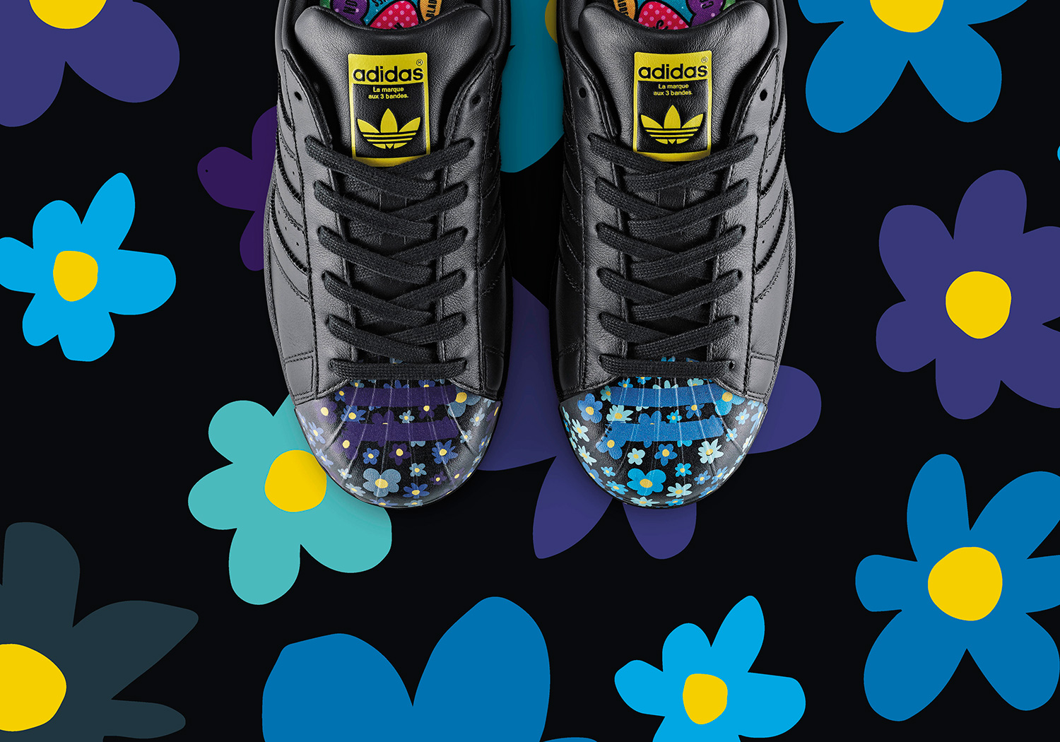 H20056_Originals_Superstar_Supershell_FW15_BTL-PR_imagery_PharrellGraphic_S83352_single-with_pattern_HighRes_RGB