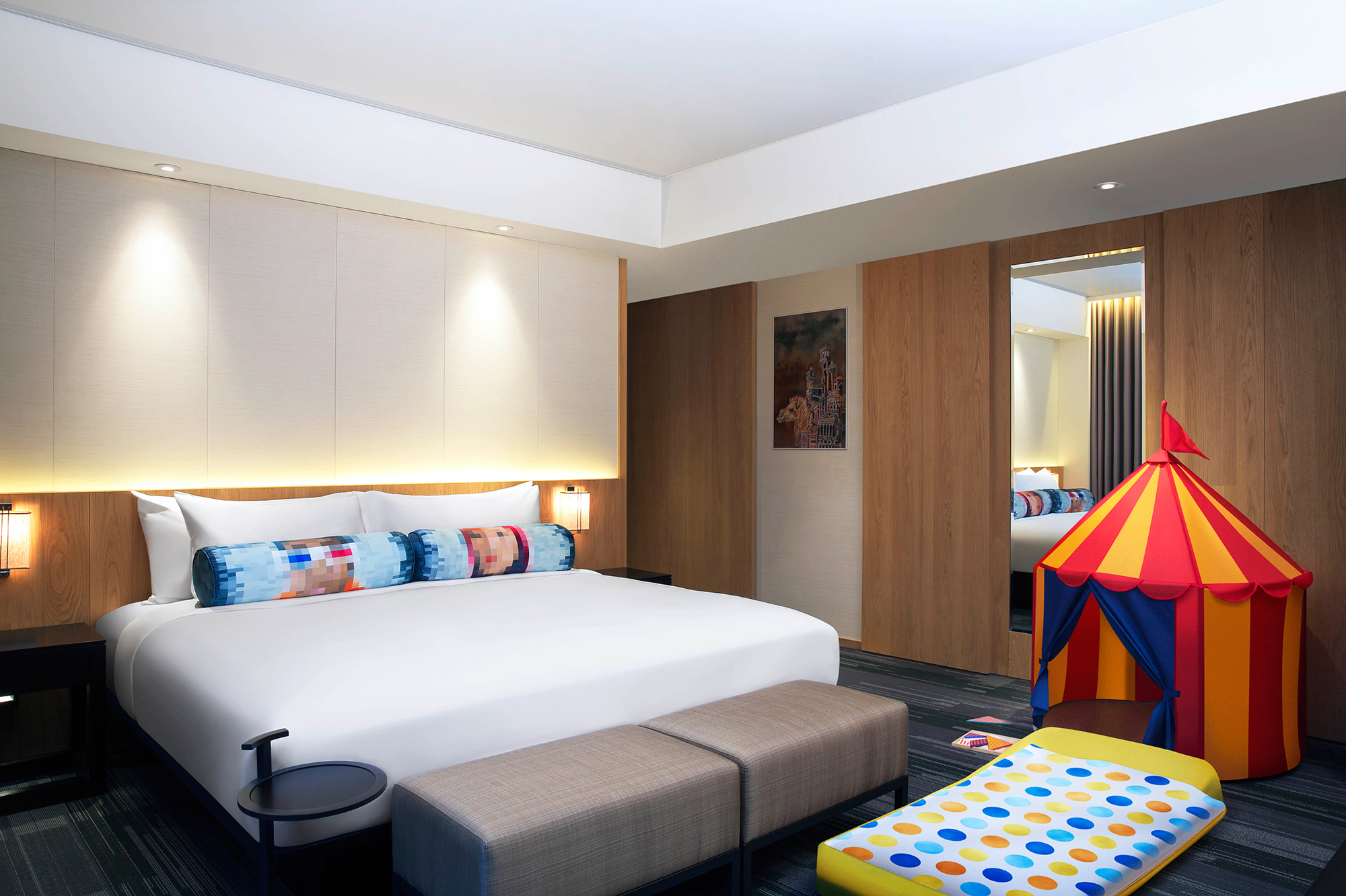 "Aloft Taipei Zhongshan Launches Limited Time Offer ""Summer A GO GO!"" Summer Pop Up Room Package"