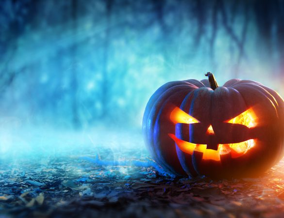 Planning a getaway this Halloween? Check out these top tips for scaring your friends!