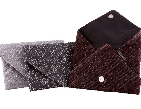 Personalized Your Pleatation Totes and Clutches for Free