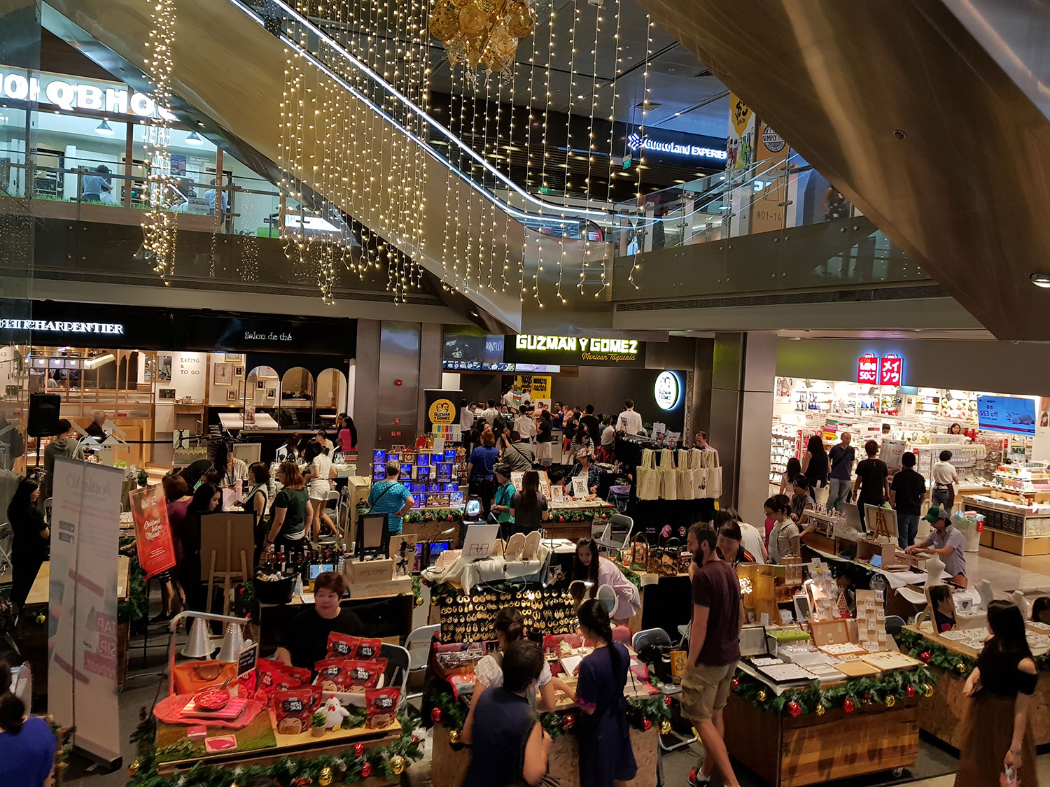 Christmas Festive Market at Tanjong Pagar Centre