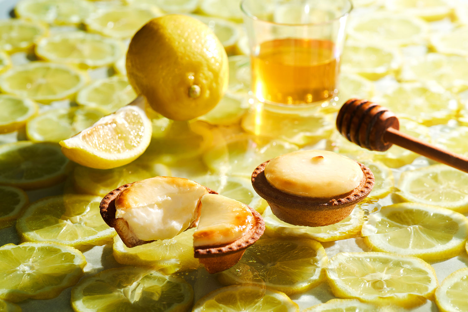 Lemon BAKE Cheese Tart with Honey