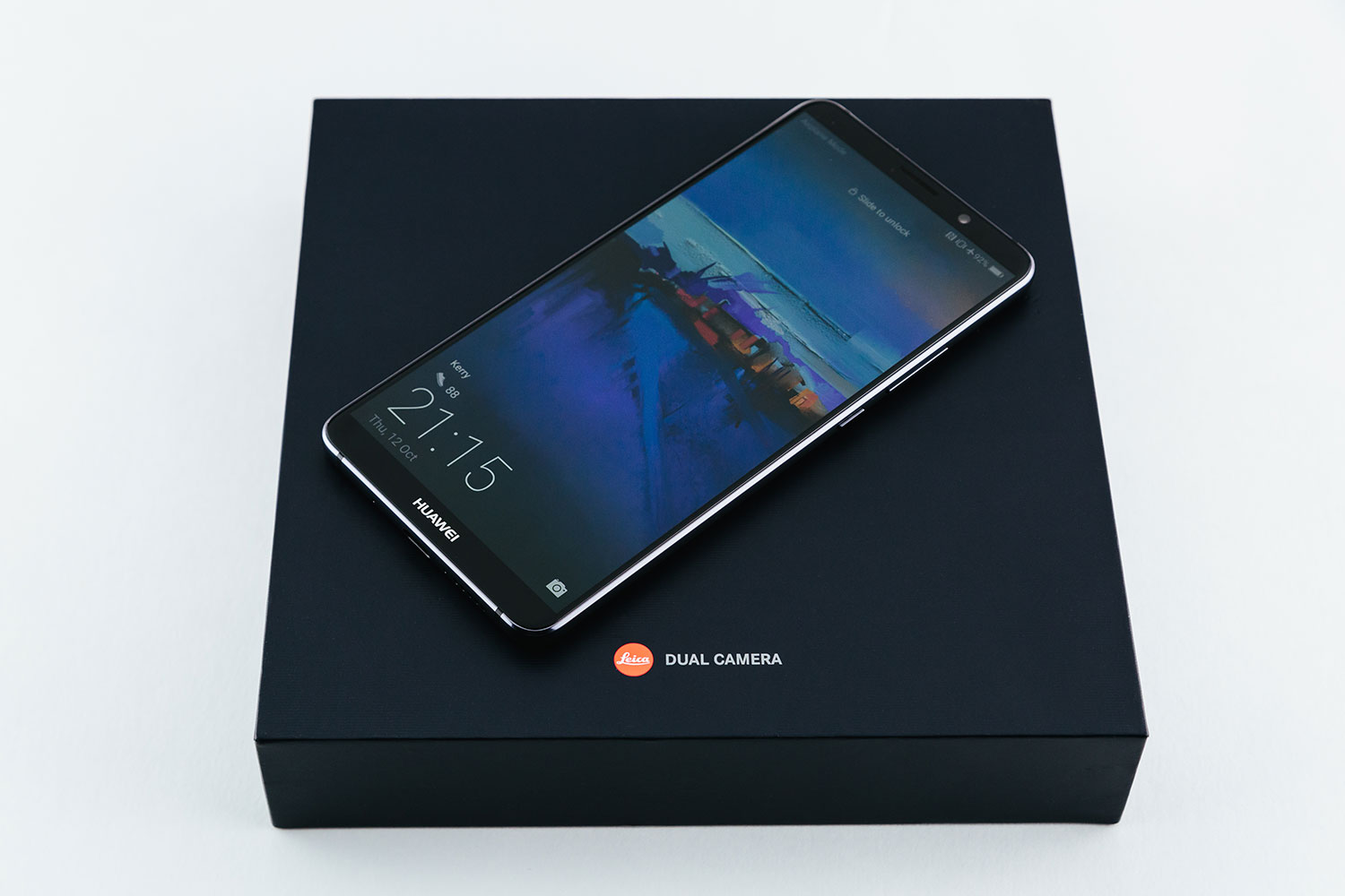 HUAWEI-Mate-10-Pro_with-box