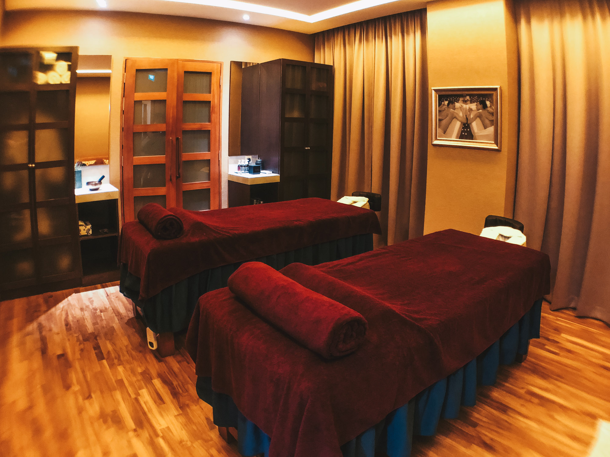 New spa experience at marriott tang plaza serena spa for Adam eve salon