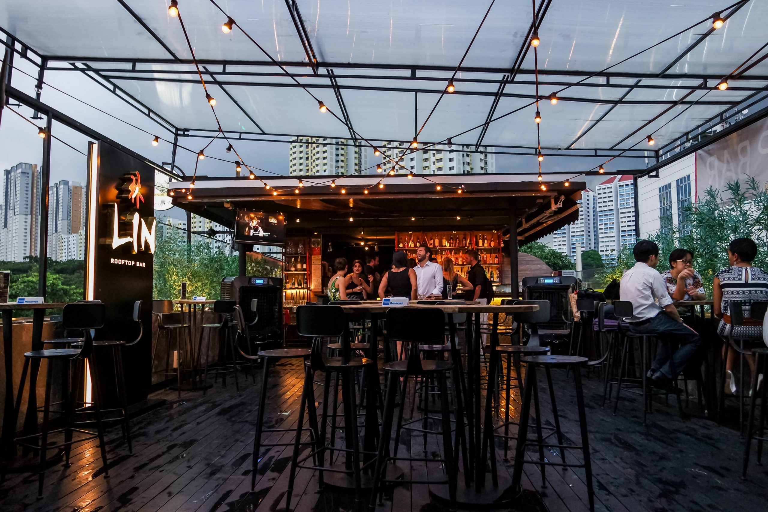 Lin Rooftop Bar at Link Hotel | Darren Bloggie 達人的部落格 - Singapore Lifestyle  Blog