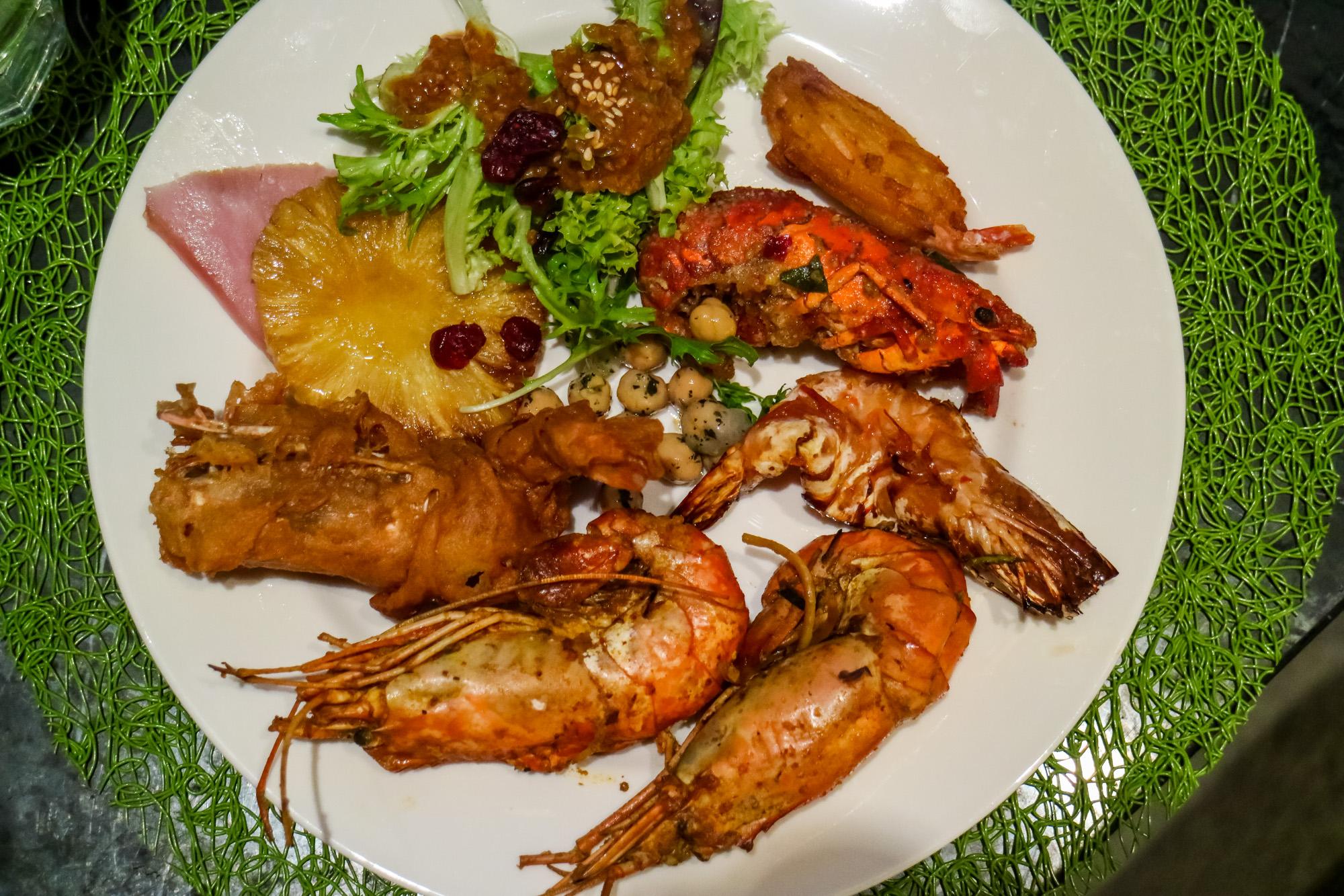 ultimate-prawn-party-hotel-jen-orchardgateway6