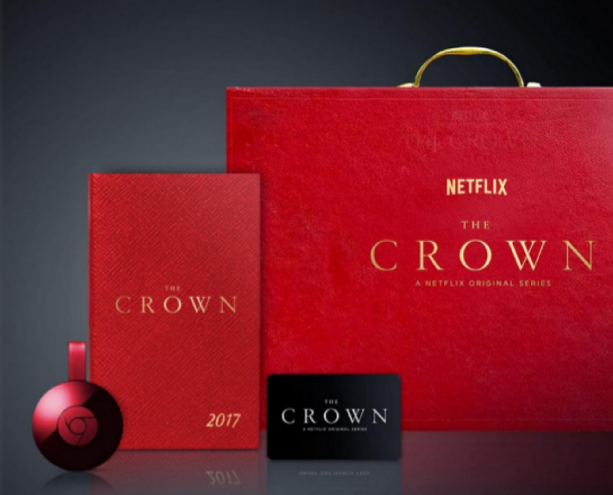 the-crown-gift-set-01