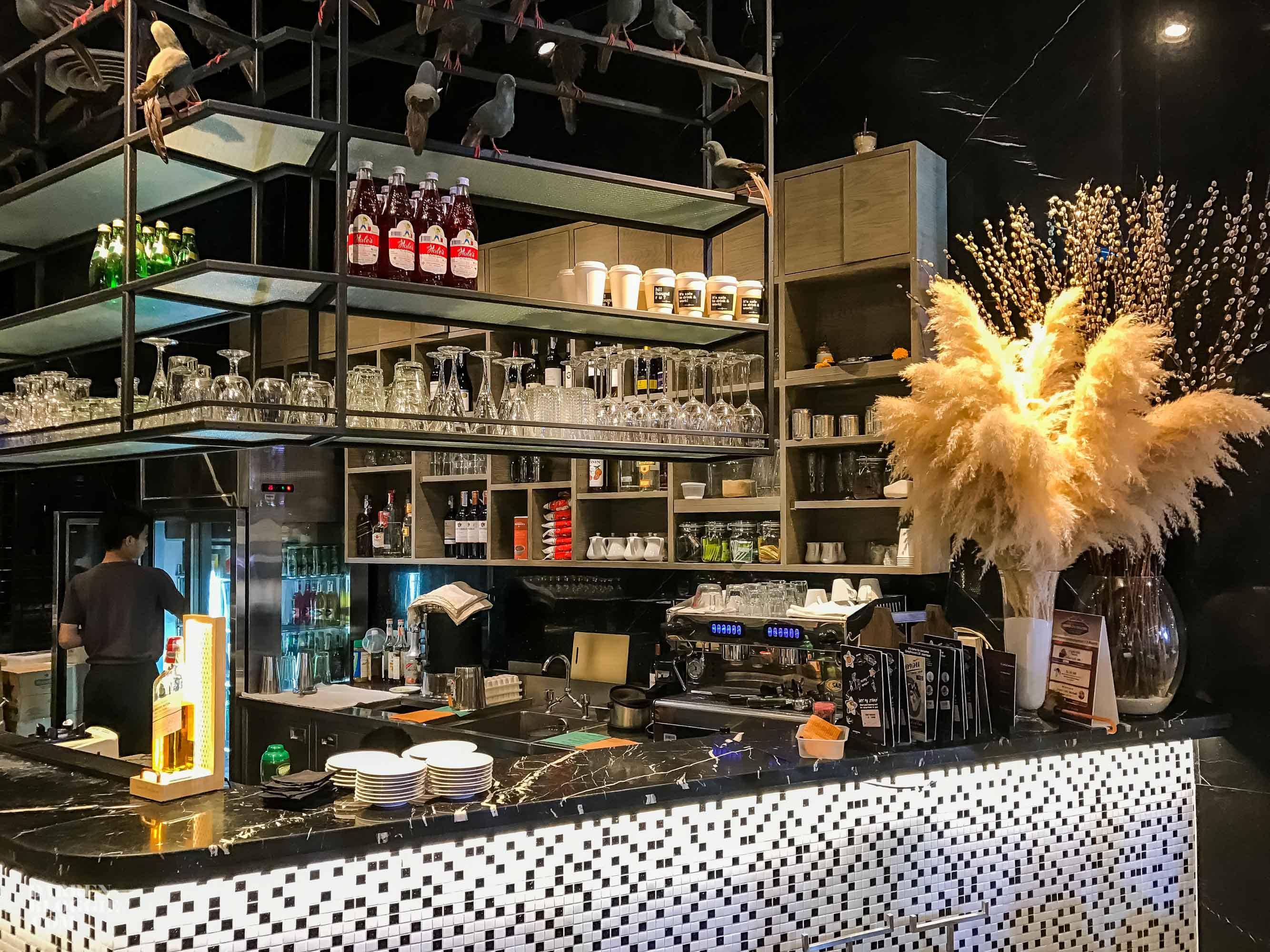 greyhound-cafe-thailand-bangkok