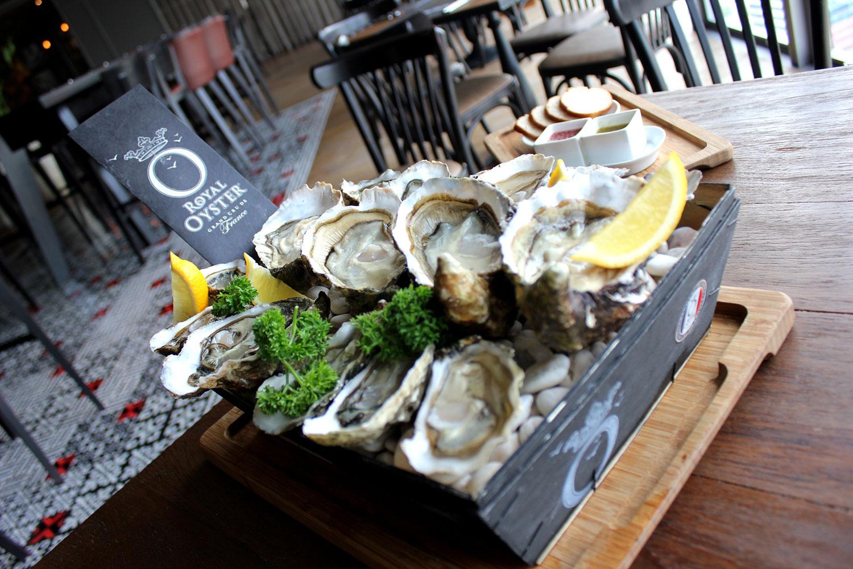 Oyster Festival at Ginett Restaurant & Wine Bar