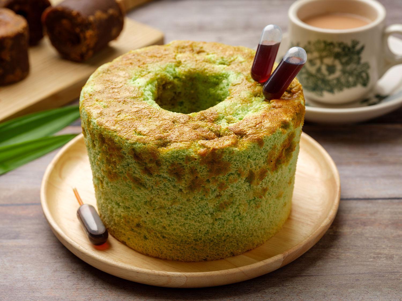 Pandan-Gula-Melaka-Chiffon-Cake