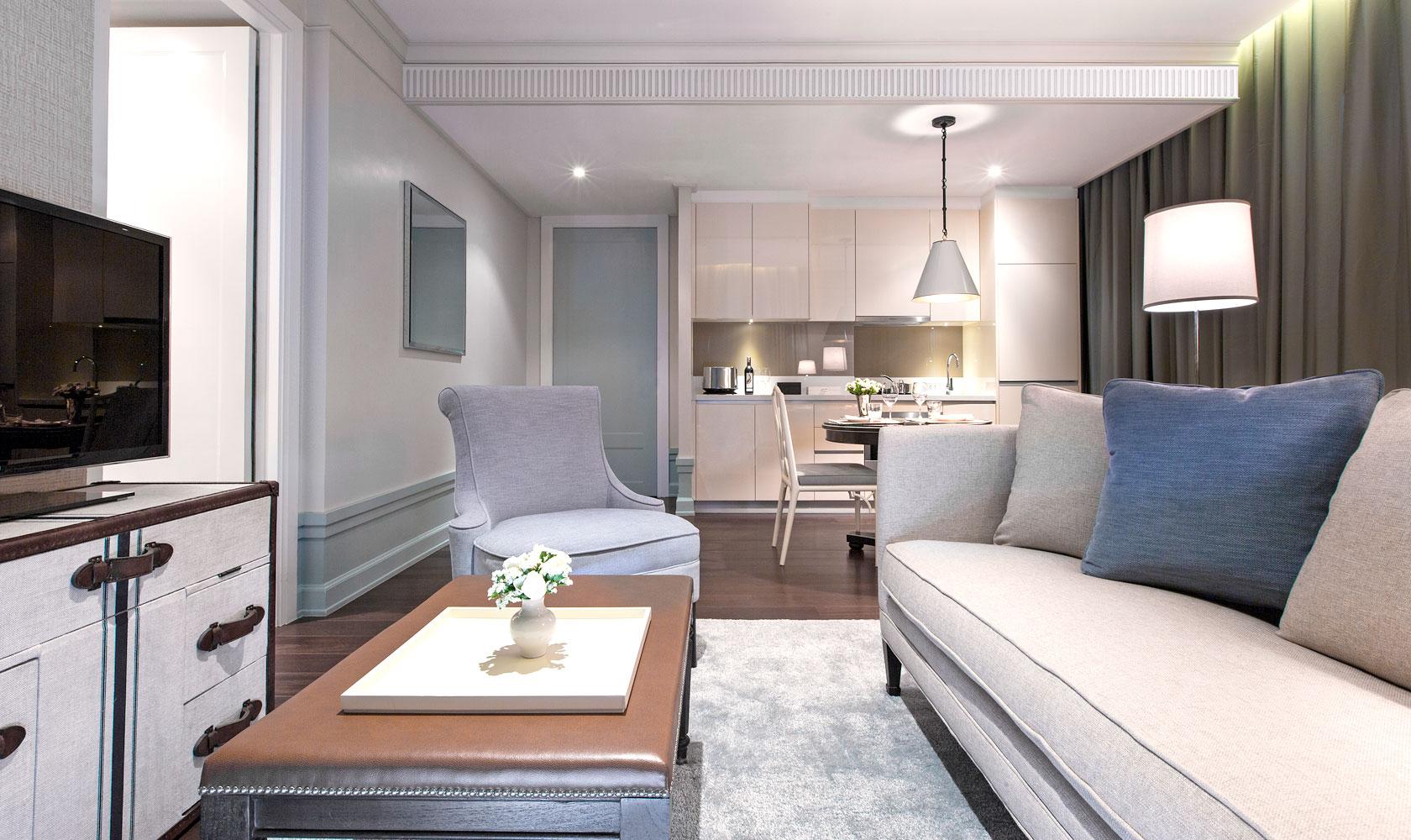 One Bedroom Suite at Bangkok Oriental Residence