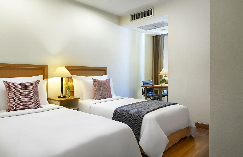 Shama-Lakeview-Asoke-Bangkok_Two-Bedroom-Premier_Bedroom-2