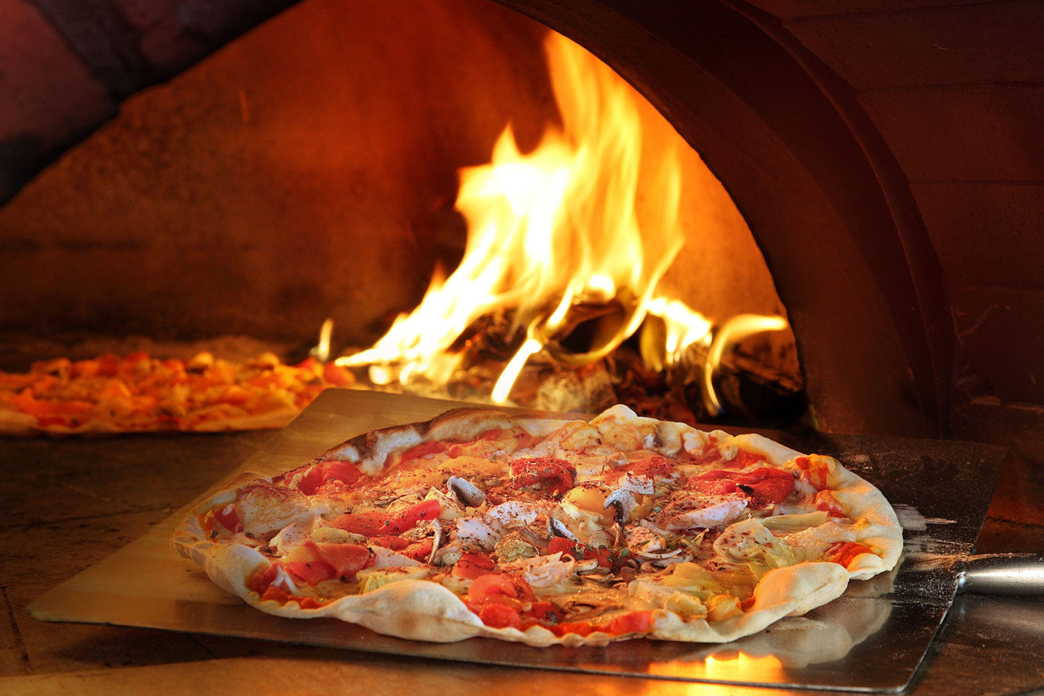 Trapizza Unveils a NEW Look on Siloso Beach