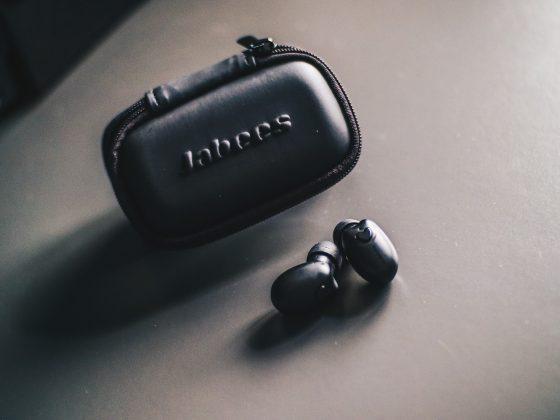 Jabees Beebuds wireless earphones