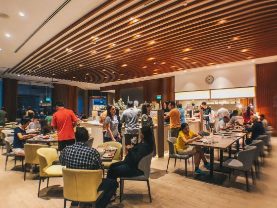 Savour Your Favourite Hawker Food in Buffet Style at Four Points Eatery