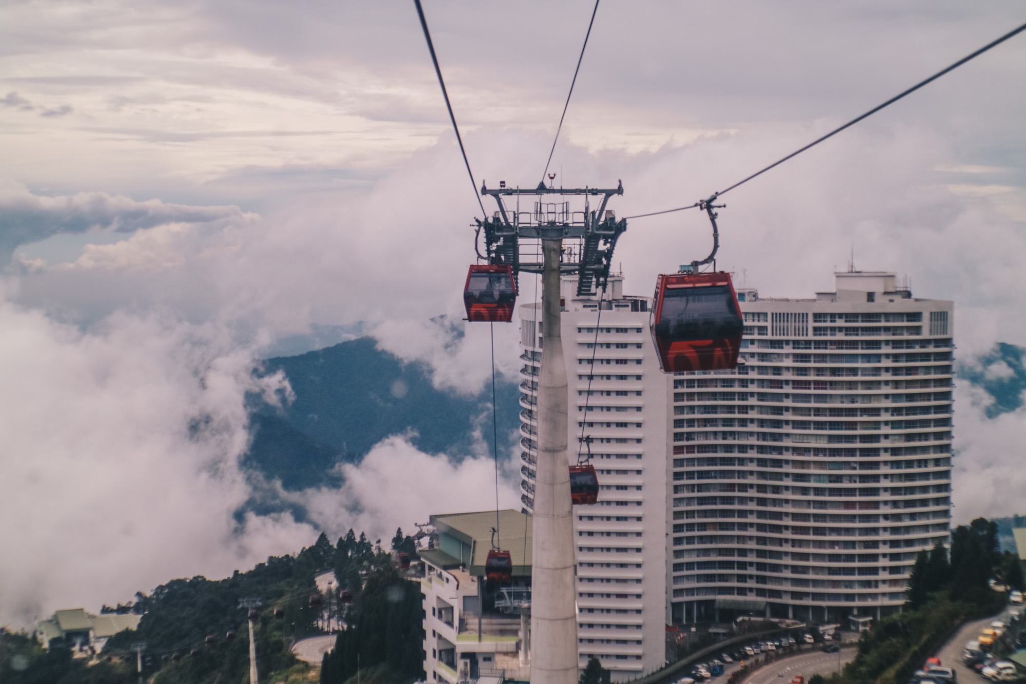 resortsworldgenting-skycablecar-darrenbloggie