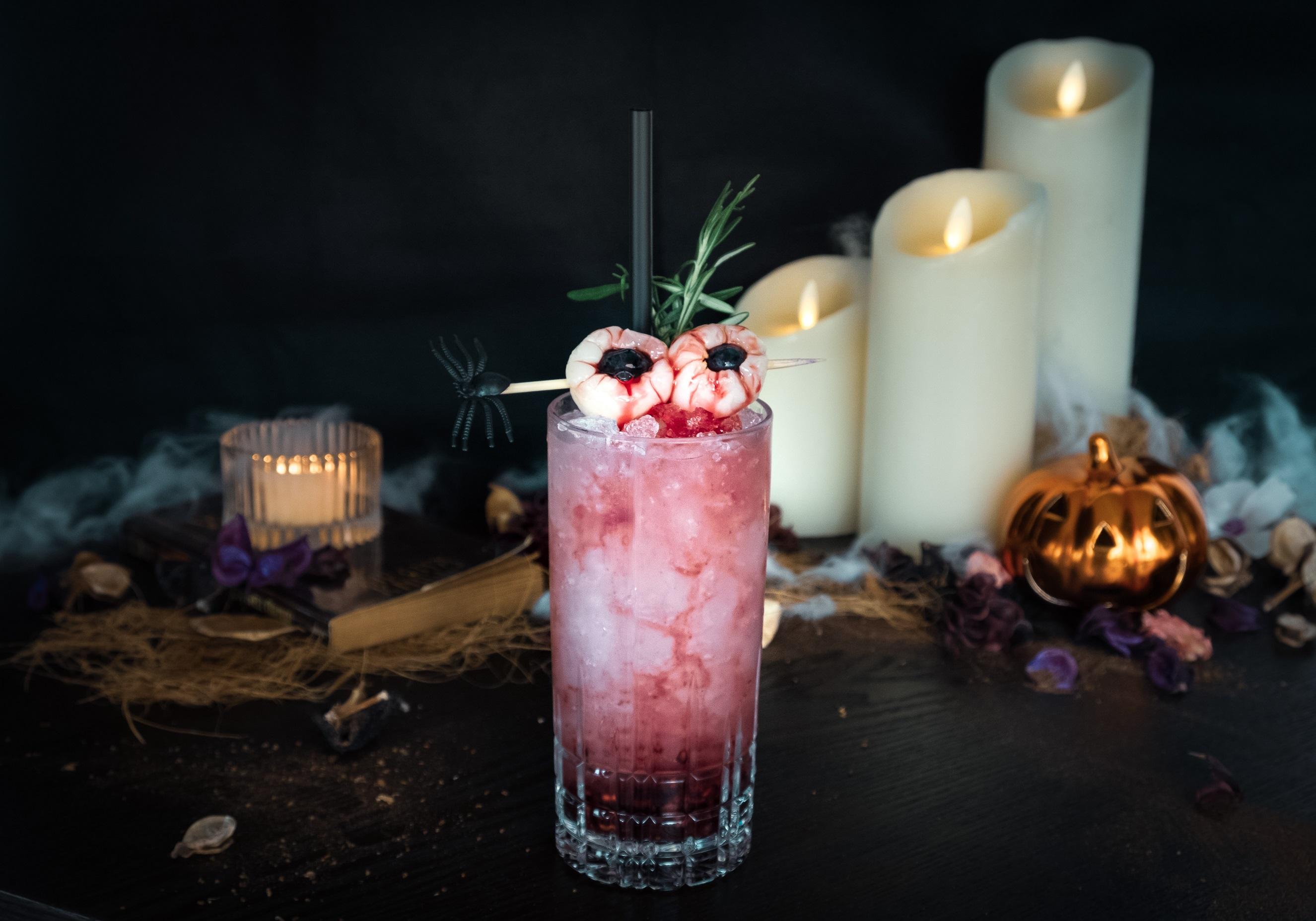 Urbana-Rooftop-Bar-Halloween-2018-Mad-Eye-Potion