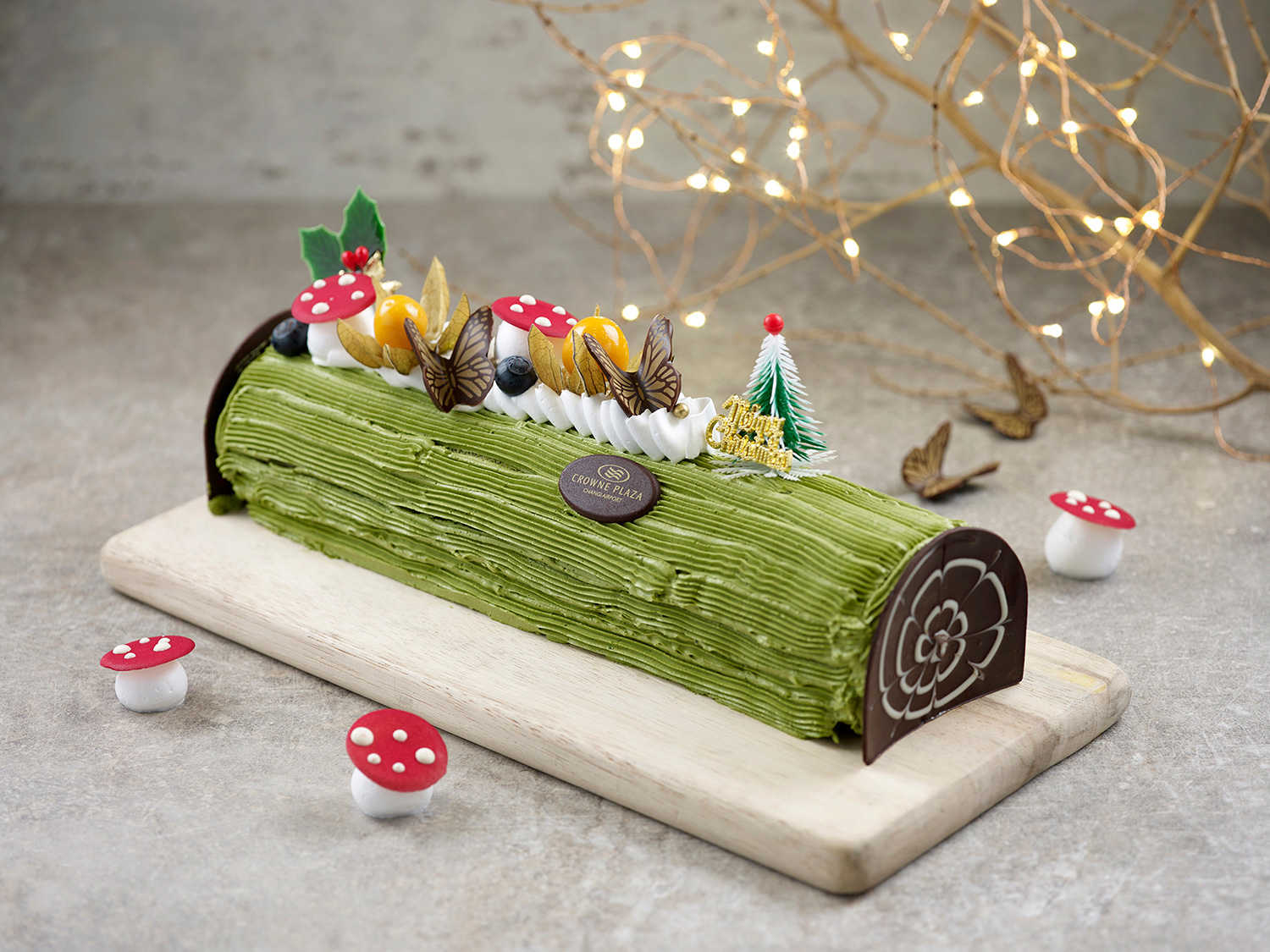Crowne-Plaza-Changi-Airport---Festive-2018---Matcha-Goma-Yule-Log