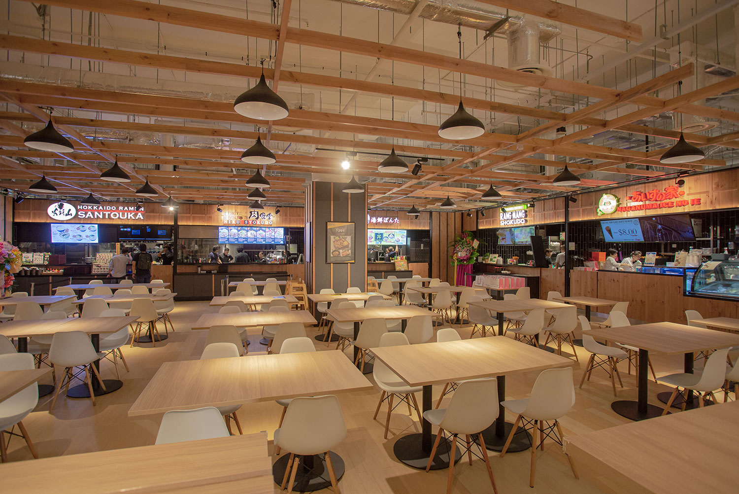 Food-Court-Concept-with-curated-food-tenants