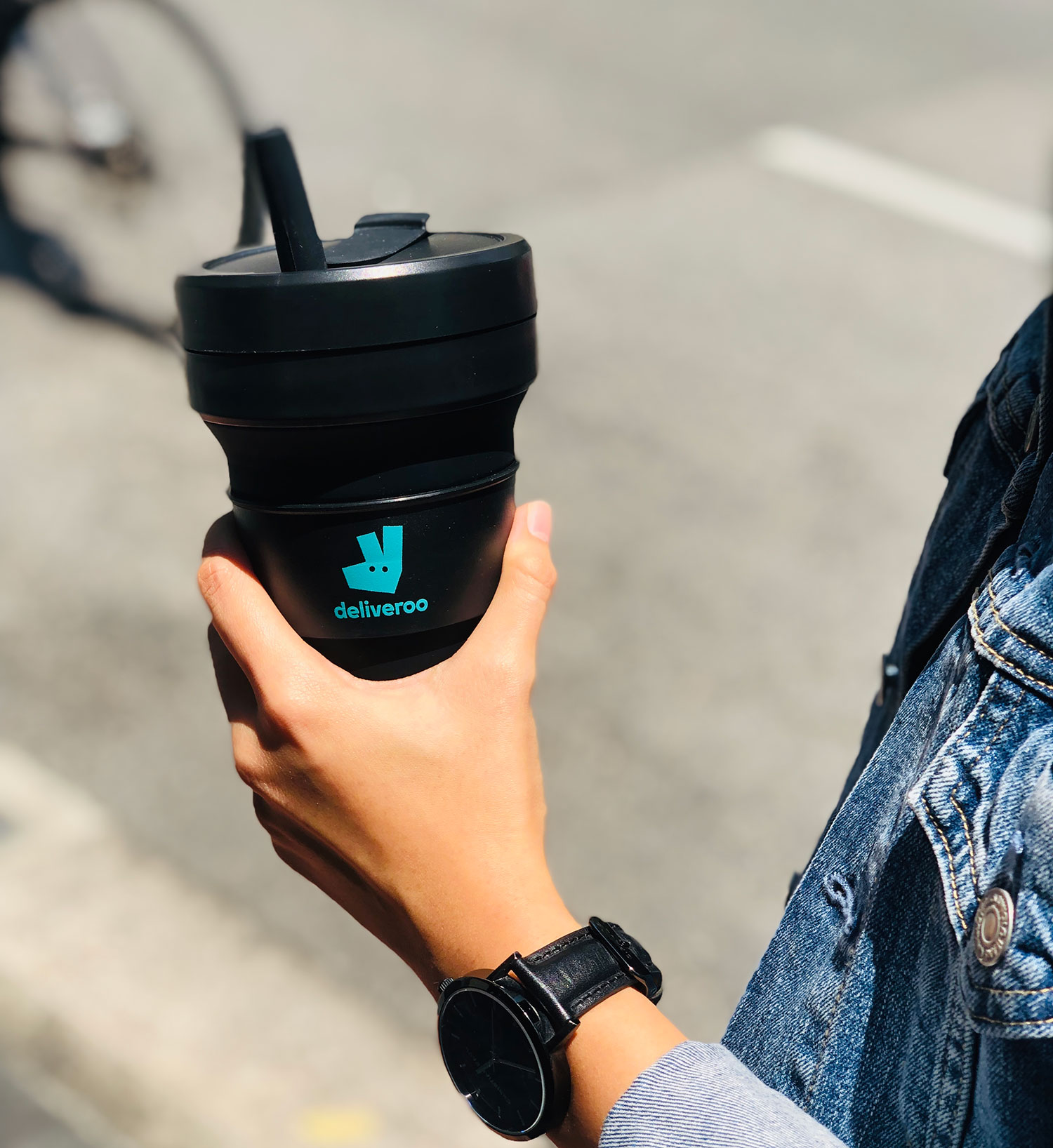 Deliveroo-Stojo-Cups