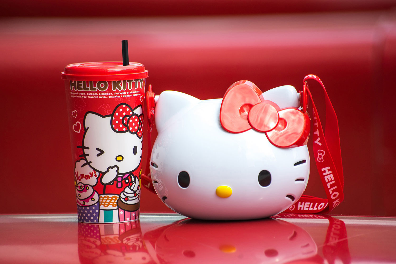 Hello-Kitty-Combo_June