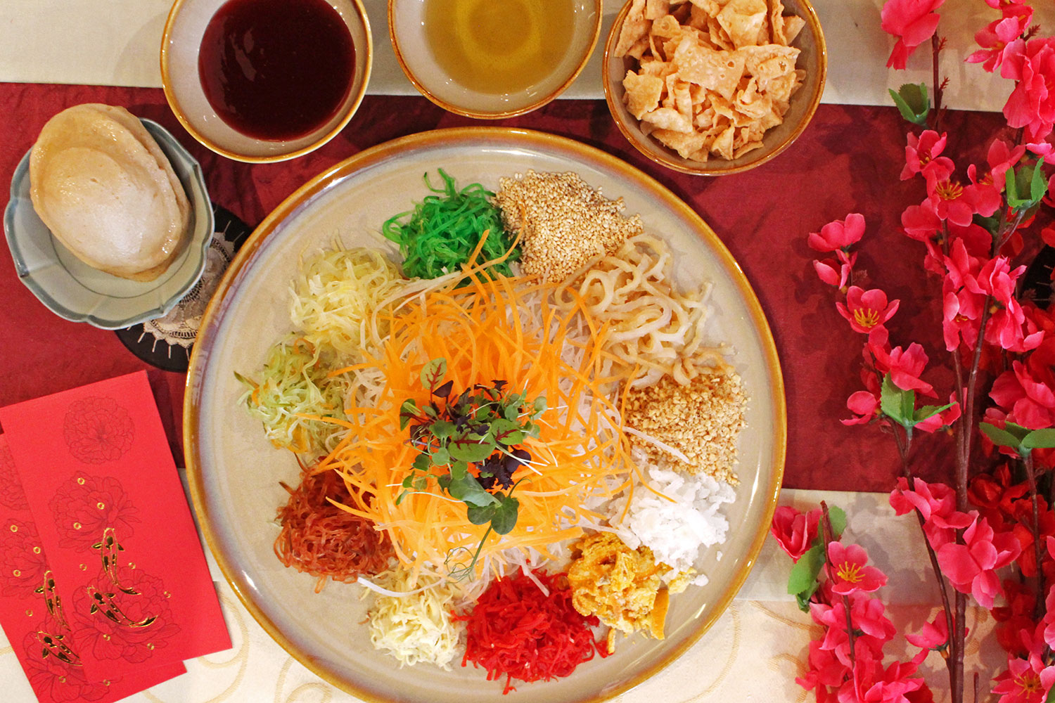 PHOTO - Vegetarian Yusheng/ Grand Mercure Singapore Roxy