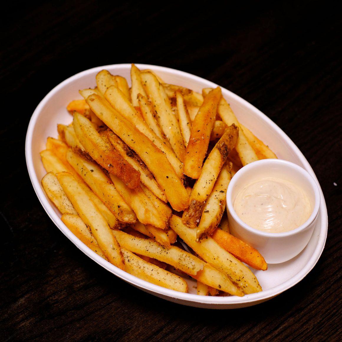Steak Fries / PHOTO: BISTECCA TUSCAN STEAKHOUSE