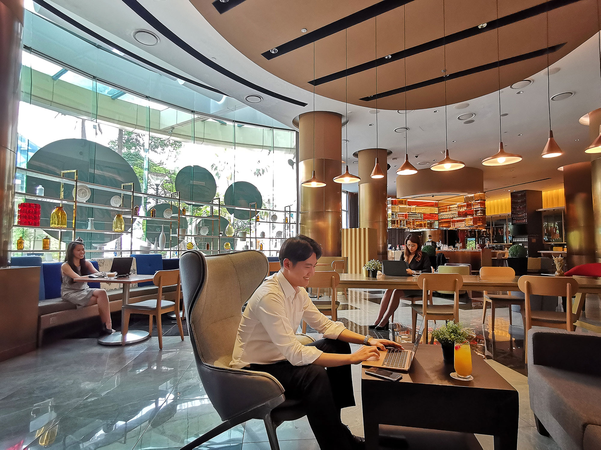 GRAND COPTHORNE WATERFRONT CO-WORKING