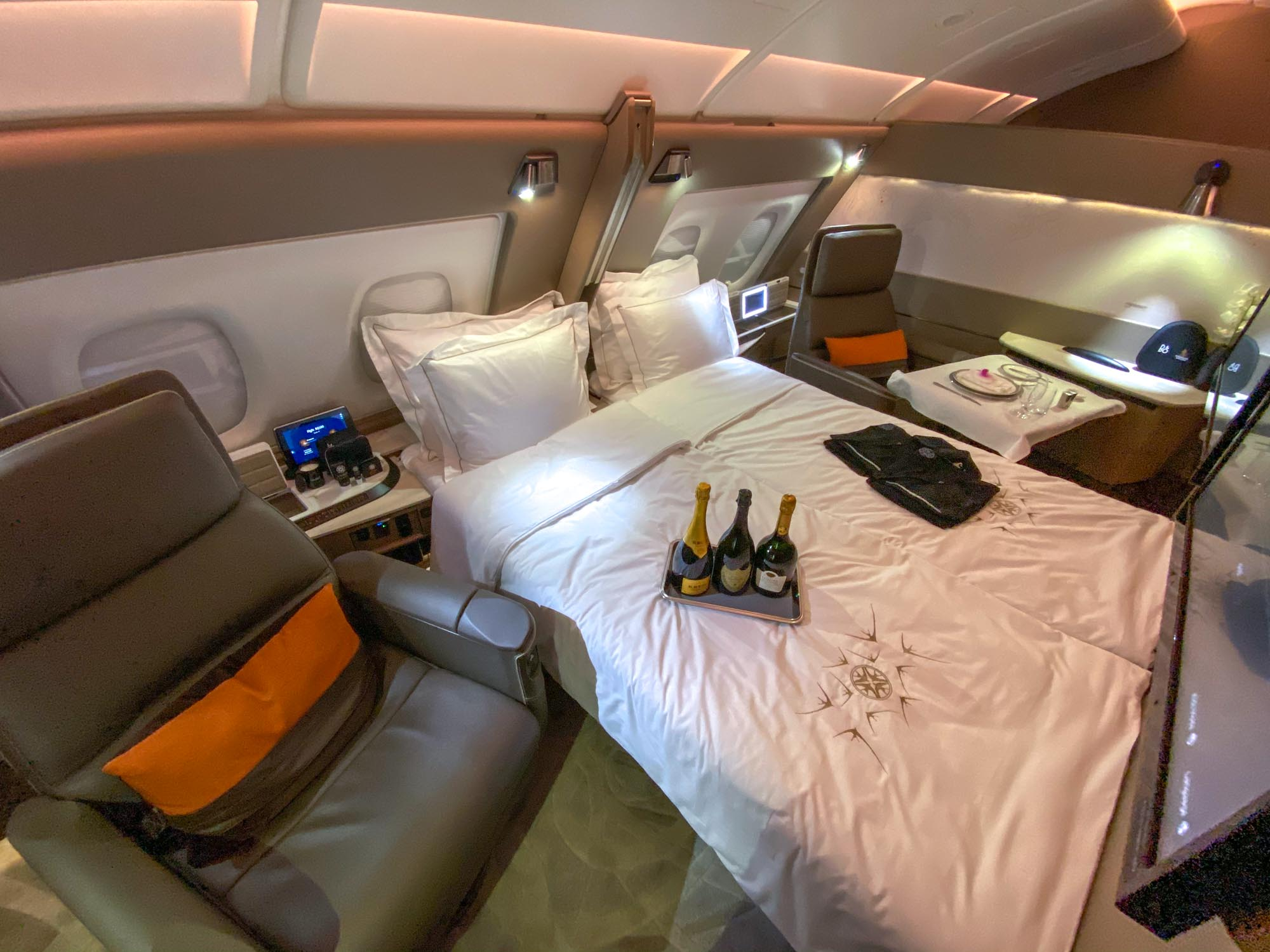 Singapore-Airlines-A380-Restuarant-Dining-Experience-darrenbloggie