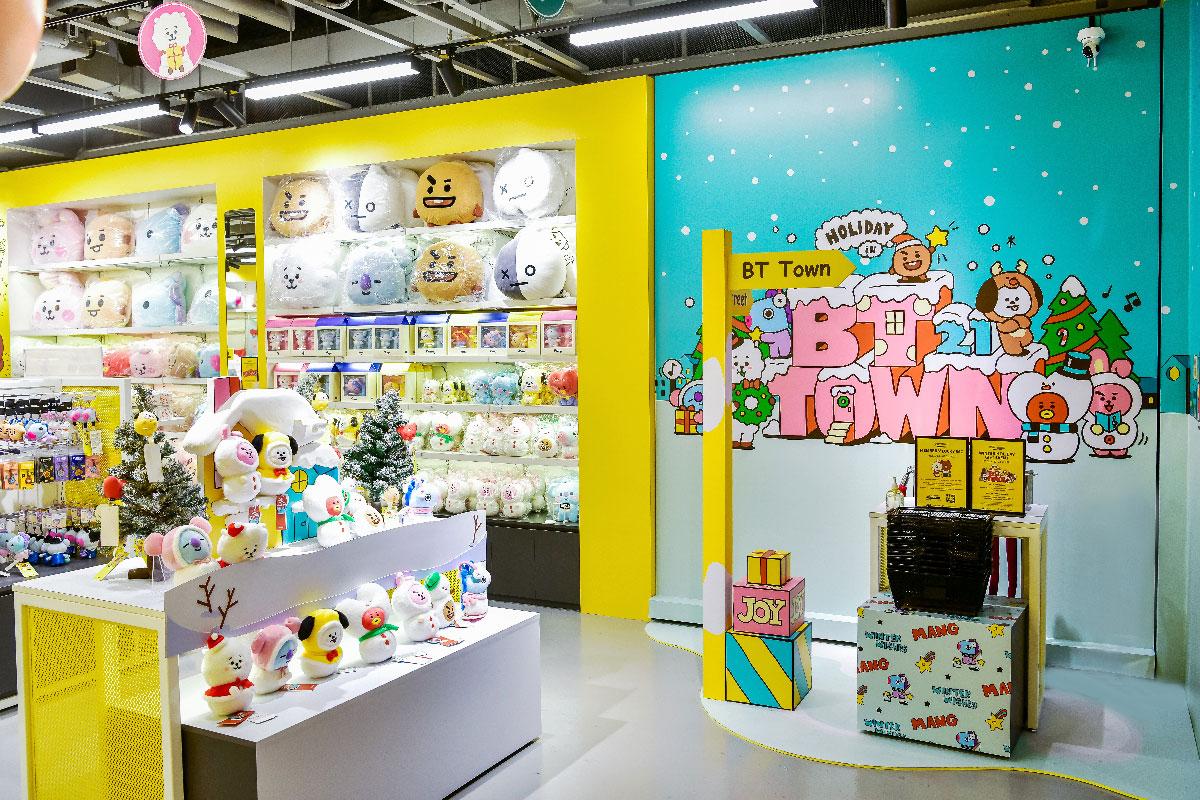 Photo - PLAY LINE FRIENDS Store Singapore