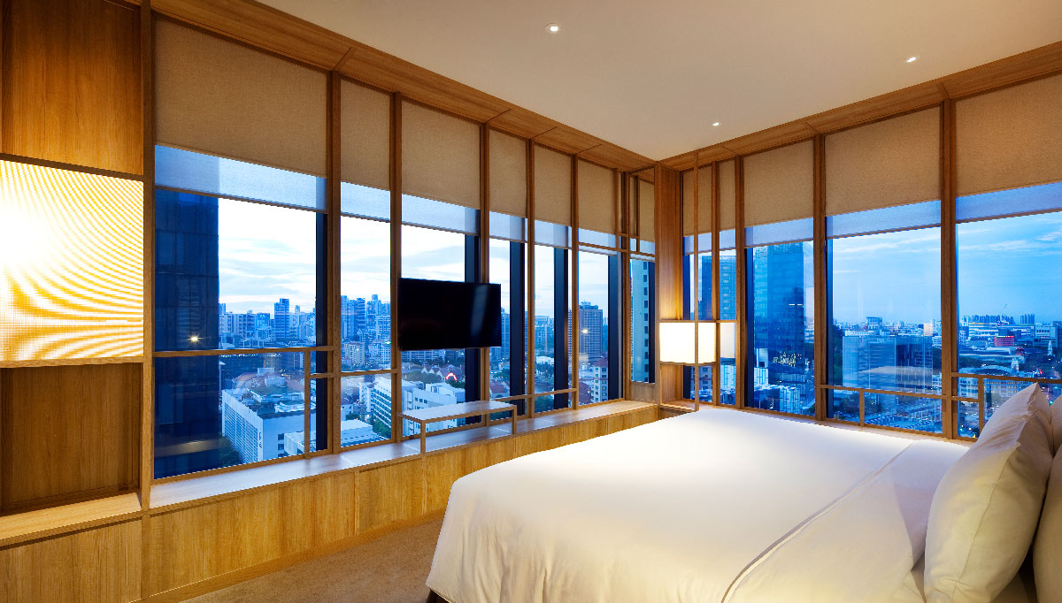 PARKROYAL-COLLECTION-Pickering_Rooms_COLLECTION-Signature-Suite_Bedroom_Photo-Credit;-Patrick-Bingham-Hall