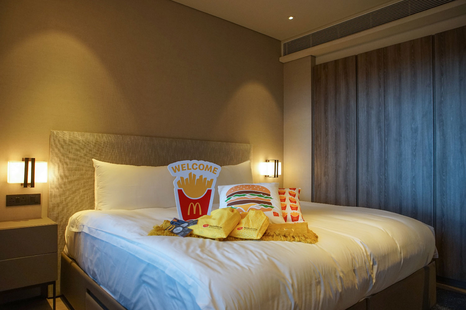McDelivery®-x-Klook-'Happiest-Night-In'-Staycation-Merchandise-1-(Credit---Klook-Singapore)