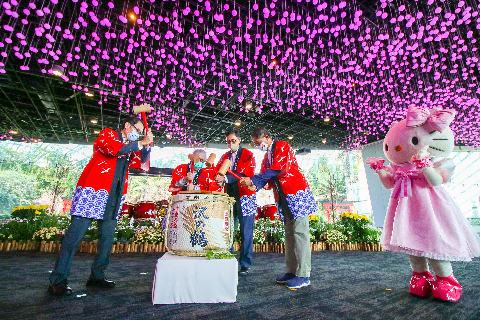 Sakura-ft-Hello-Kitty-Launch-Day-01Mar2021